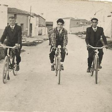 Amigos en bici