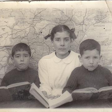 Angelita Fraile y sus hermanos