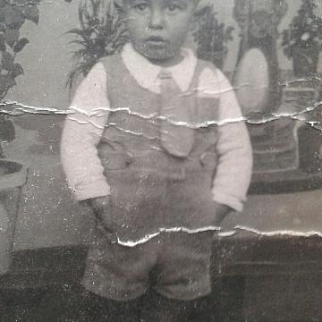 Fidel Bravo de niño