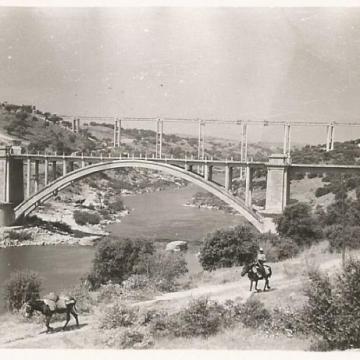 Los dos puentes sobre el Tajo