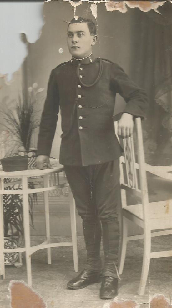 Pedro Calvo en la mili